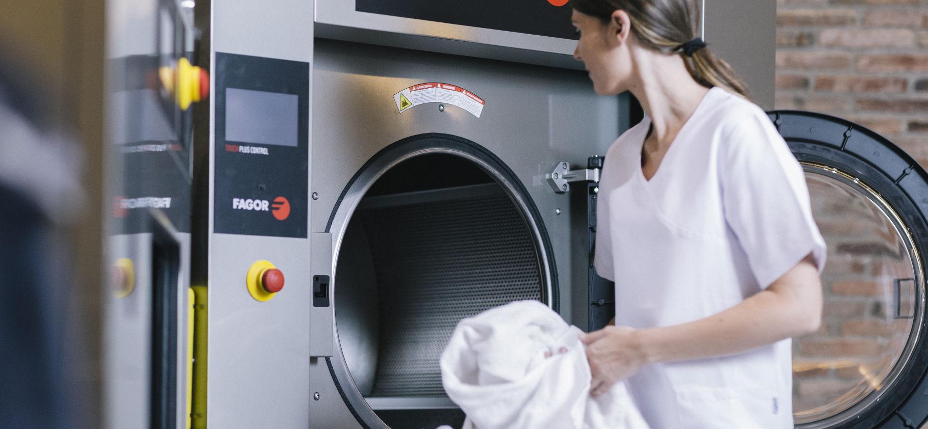 Lavaggio biancheria per b&b, Hotel e Cliniche private a Napoli